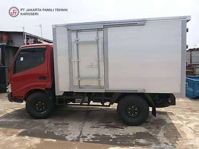 Box Alumunium Jakarta Famili Tehnik Karoseri Dengan Pintu Sliding